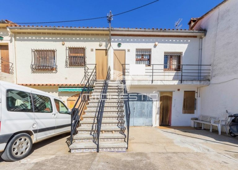 apartament-venda-lescala-apartamento-venta-appartement-vente-apartment-for-sale-alquiler-lloguer-vacances-cases-casas-maisons