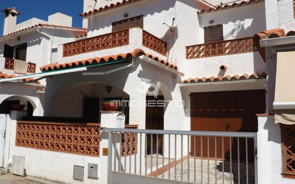House at only 150m from the beach in L'Escala