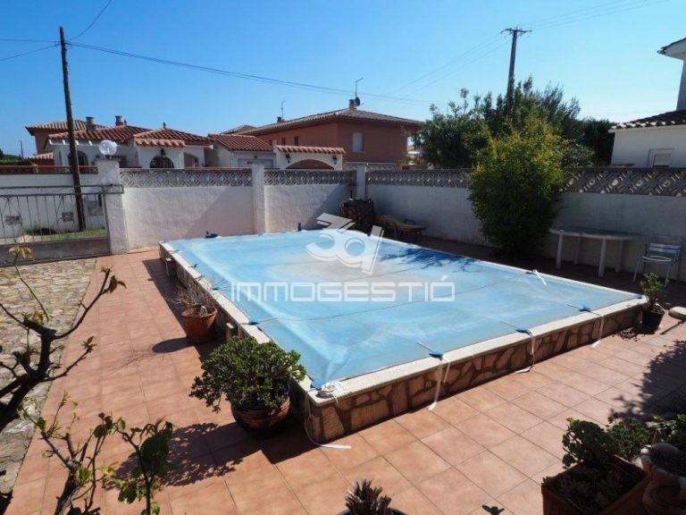 casa-en-venda-l'escala-casa-con piscina-venta-maison-avec-piscine-en-vente-haouse-for-sale-in-l'escala-3dimmogestio-immobilier-costabtrava