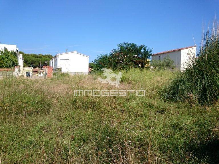 terrenys-parcel.les-parcelas-en-venda-l'escala-terrenos-venta-terrain-à-vendre-vente-urban-plot-for-sale-costabrava-pisos-casas-apartamentos-pis-immobilier