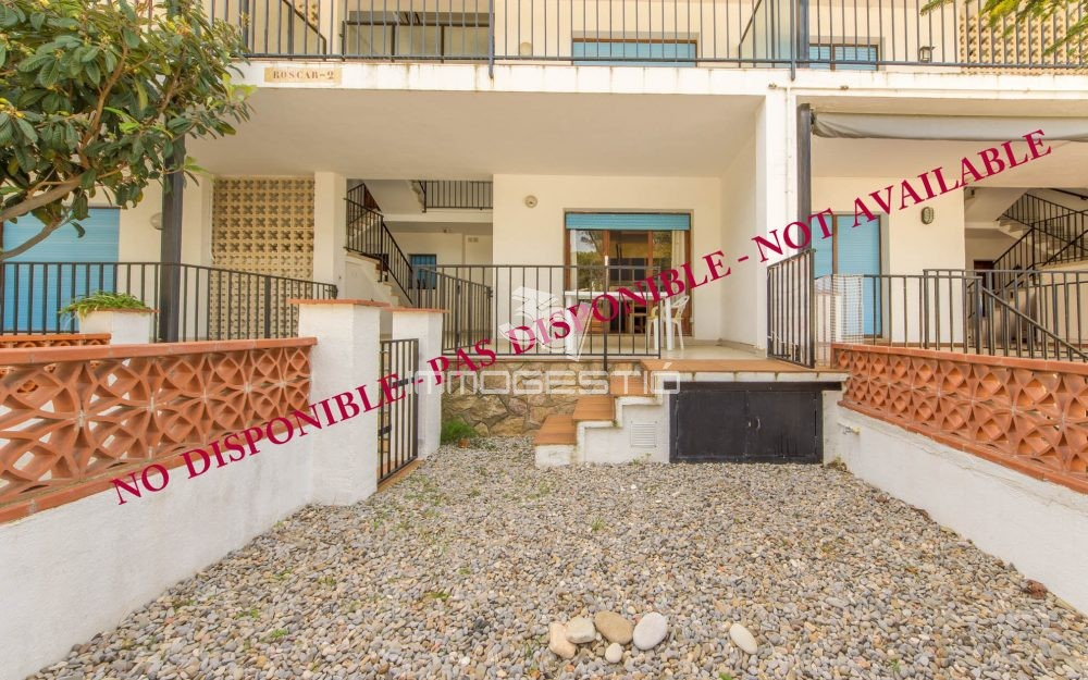 1 bed apartment with private garden