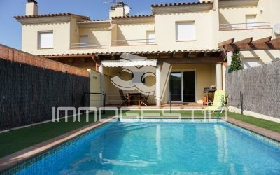 Lovely house with private swimming pool in L' Escala