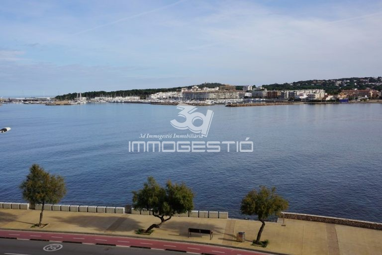 apartament-terrassa-vistes-mar-platja-venda-lescala-riells-apartamento-terraza-vista-venta-appartement-terrasse-vue-mer-vente-terraced-apartment-sea-views-sale