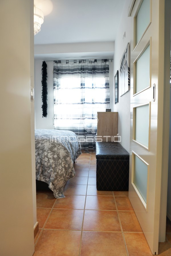 partament-reformat-lescala-apartamento-reformado-appartement-renove-restored-apartment-immobiliaria-3dimmogestio-inmobiliarias-immobilier-estateagent