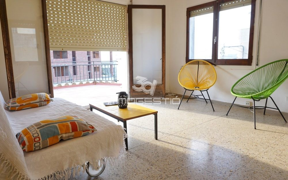 Penthouse apartment in the old town L'Escala