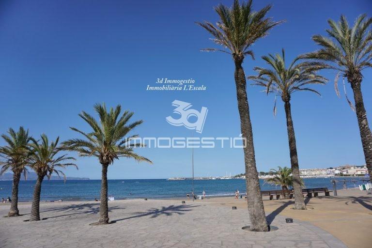 apartament-terrassa-platja-venda-apartamento-terraza-playa-venta-appartement-terrasse-plage-vente-apartment-terrace-beach-sale-immobilier-immobiliaries-inmobiliarias-3dimmogestio
