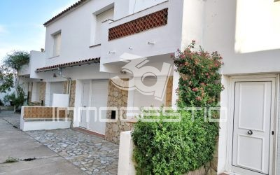 House at 50m from Riells Beach in L' Escala