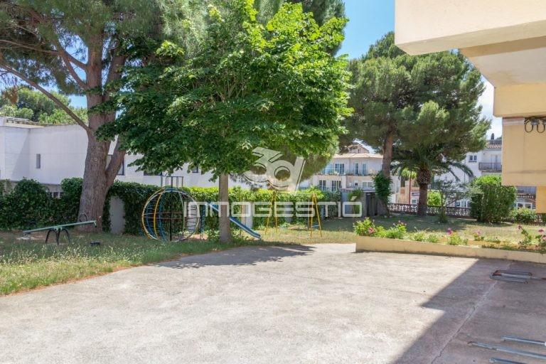 apartament-reformat-terrassa-parking-venda-riells-lescala-3dimmogestio-immobiliaries-apartamento-terraza-venta-inmobiliarias-appartement-terrasse-parking-vente-apartment-terrasse