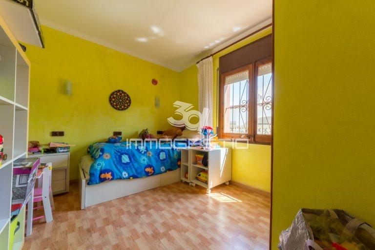 casa-jardí-garatge-venda-lescala-jardin-garaje-venta-maison-jardin-garage-vente-riells-house-garden-forsale-3dimmogestio-immobiliere-immobiliaries-inmobiliarias-agencias-casas