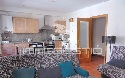 Renovated apartment in the old town of L 'Escala