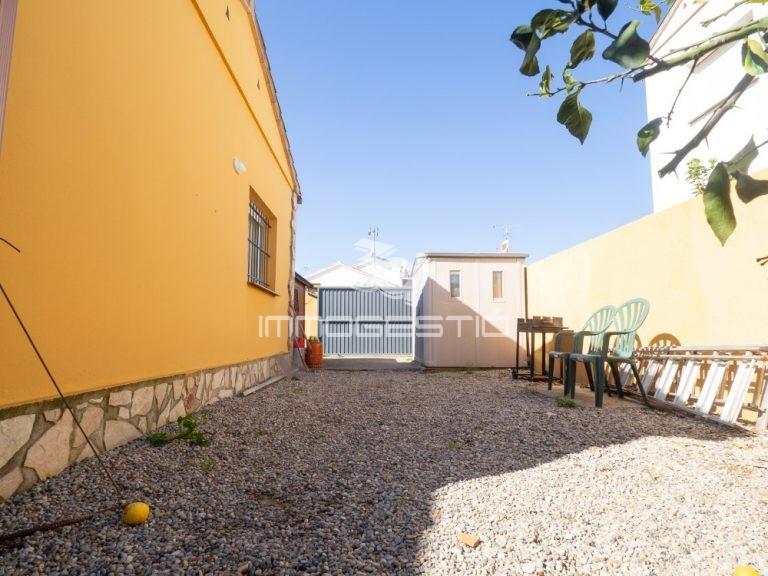 casa-piscina-lescala-venda-venta-3dimmogestio-immobiliarias-inmobiliarias-immobilier-estateagent-maison-piscine-vente-house-swimmingpool-forsale