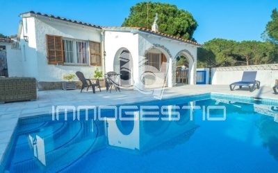 Ground floor house with private pool in L'Escala
