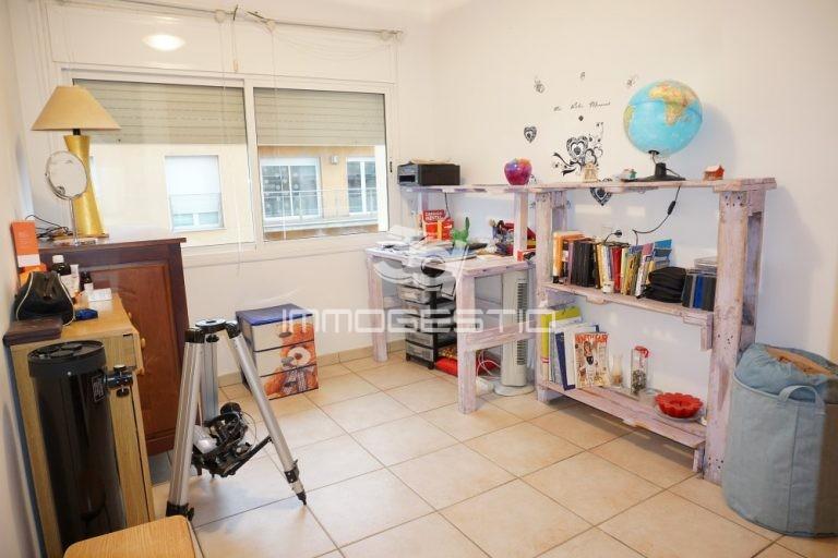 apartament-terrassa-vistes-nucli-antic-lescala-venda-apartamento-terraza-vistas-cascoantiguo-appartement-terrasse-vues-vieille-ville-apartment-terrace-view-sale-vente-ventas-3dimmogestio