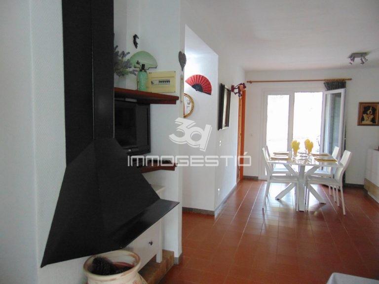 apartament-terrassa-port-apartamento-terraza-puerto-appartement-terrasse-apartment-terrace-harbour-lescala-venda-sales-vente-immobilier-3dimmogestio-inmobiliarias