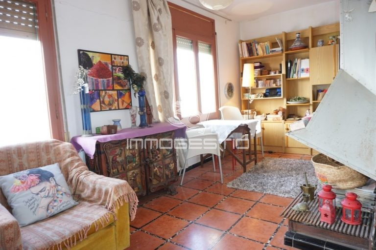apartament-duplex-nucli-antic-lescala-venda-apartamento-casco-antiguo-venta-appartement-vieille-ville-vente-penthouse-apartment-old-tow-forsale-3dimmogestio-immobiliaries-inmobiliarias